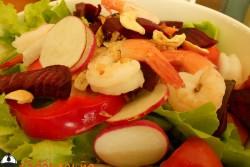 สลัดกุ้งหรรษา ร้าน Salad Concept