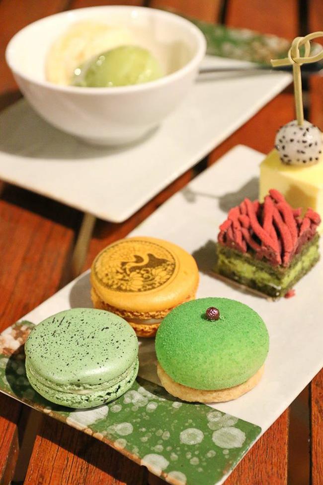 บุฟเฟ่ต์อาหารญี่ปุ่น REN by Dhara Dhevi