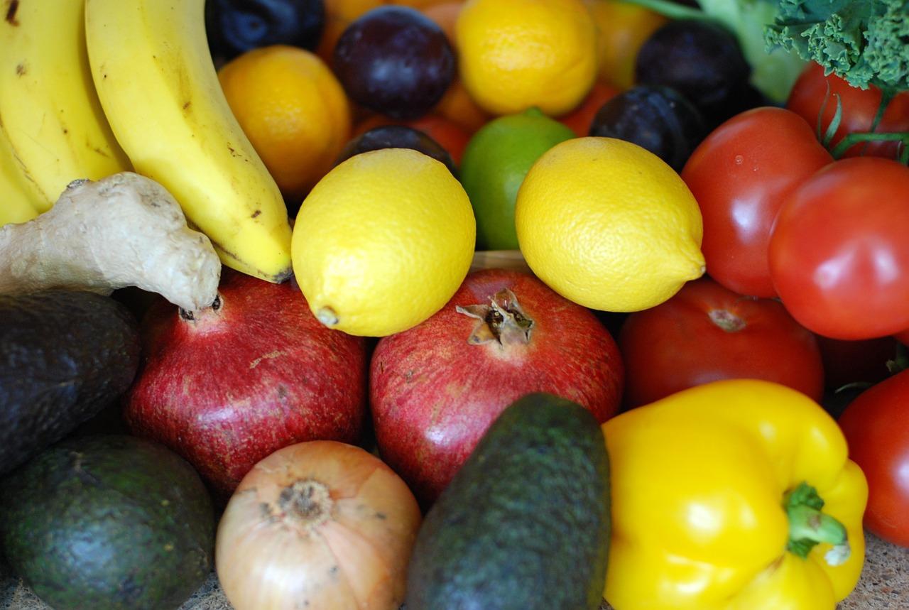 fruits-651403_1280
