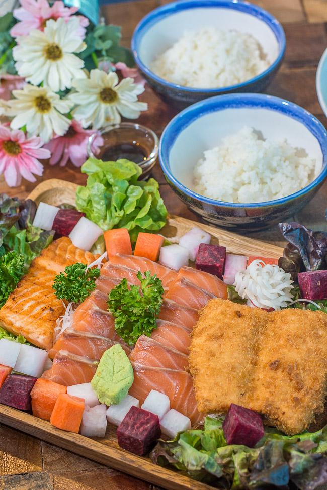 salmon sq