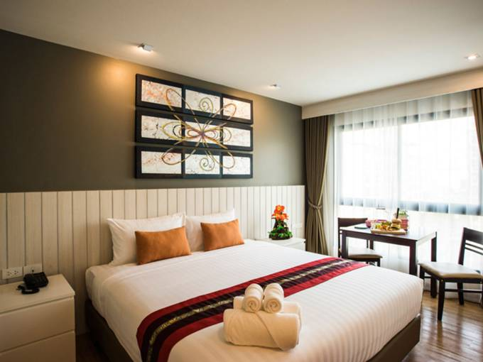 pic1-cmor-hotel-chiang-mai