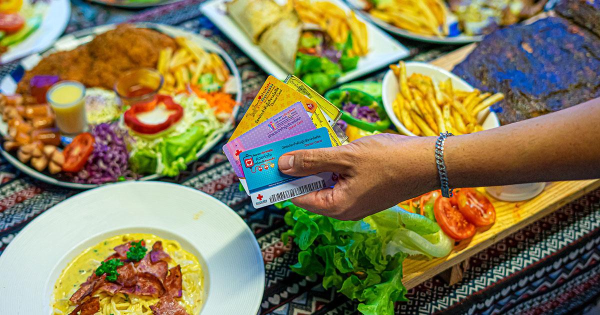 ร้านดี ๆ ที่อยากตอบแทนสังคม คนพิการ ไร้บ้าน บริจาคเลือด ฯลฯ กินอาหารฟรีได้ที่ สเต๊กอินดี้ by เพาะช่าง